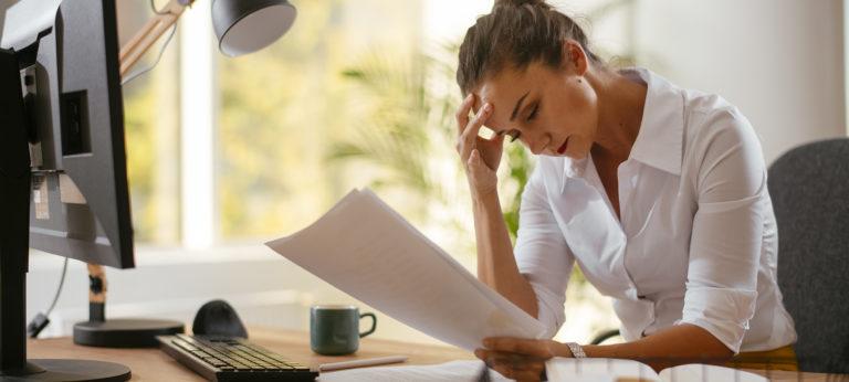 Hvordan begjære en bedrift konkurs