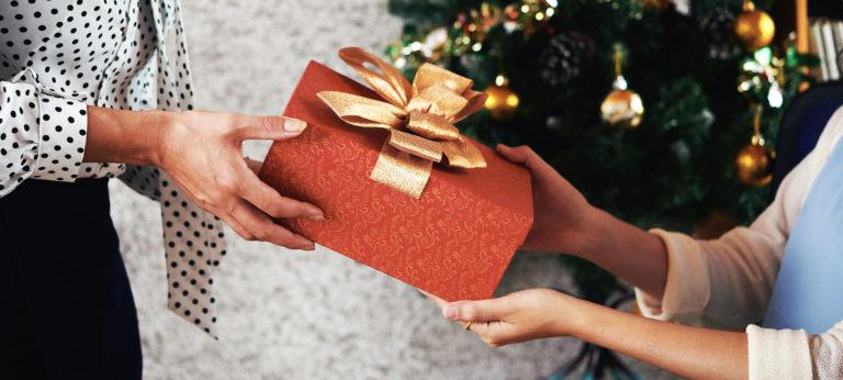 Regler for gave til ansatte